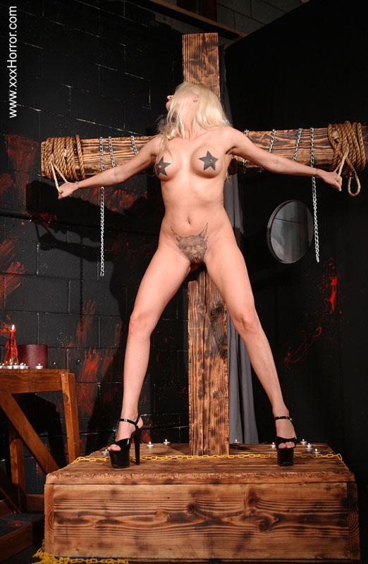 nude woman butt drawings